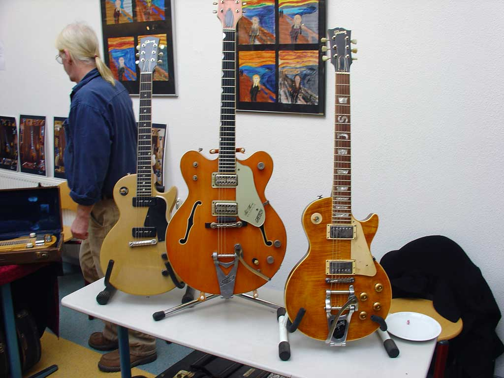 vintage guitar show oldenburg 2010 - a les paul with a personalized fretboard