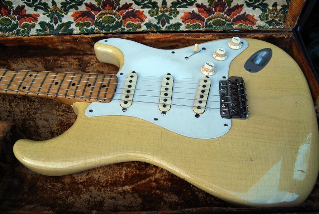 fender stratocaster 1957 blonde refinished - body