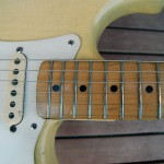 fender stratocaster 1957 blonde refinished - neck pickup