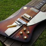 gibson firebird V 1972 medallion - body detail